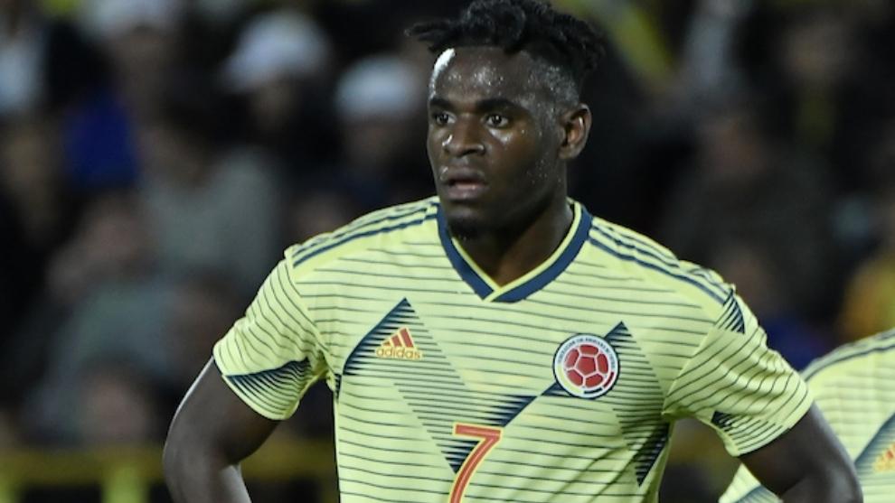 Duván Zapata saldrá de la concentración   por lesión