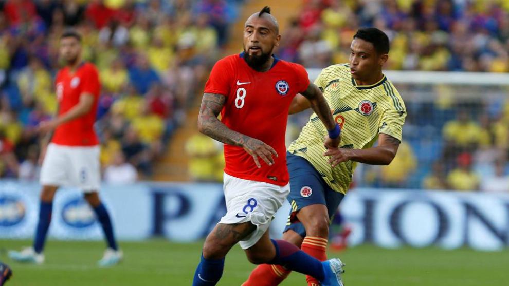 Una Colombia de dos caras empata ante Chile