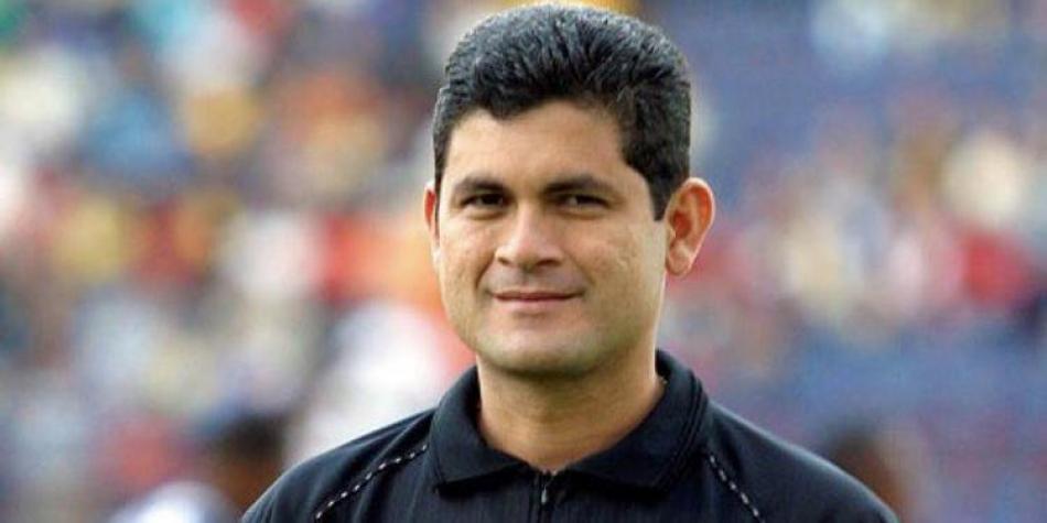 Revelan detalles en investigación de acoso sexual contra Óscar Julián