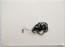Liliana Porter. Black String, 2007 Instalación. Cortesía de Galila's Collection, Belgium