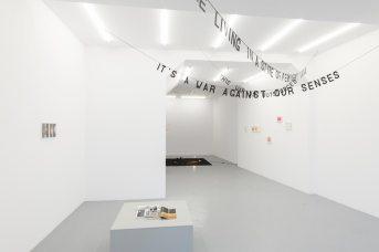 Vista de la exposición. Cortesía Rodríguez Gallery