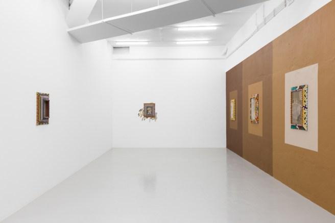 Sol Calero, Tente en el aire, Vista de la exposición en Kunsthalle Lissabon, Lisboa, 2018. Foto: Bruno Lopes. Cortesia de Kunsthalle Lissabon