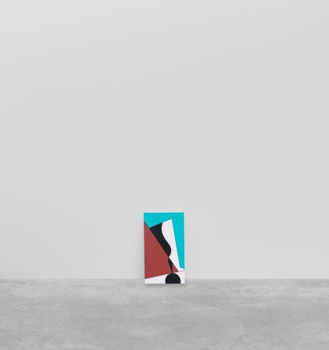 Ad Minoliti, To be titled, 2018. Instalación. Acrílico sobre lienzo, performance único. 70.5 x 40 cm, AM14887. Cortesía Peres Projects, Berlín. Foto: Matthias Kolb