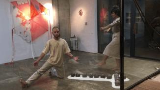 Performance: Felipe Vásquez y Sarah Laaroussi. Imágenes: Revista Lupita