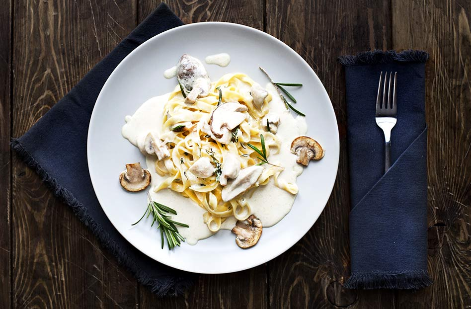 Receta de tagliatelle cremoso, pasta con salsa de hongos