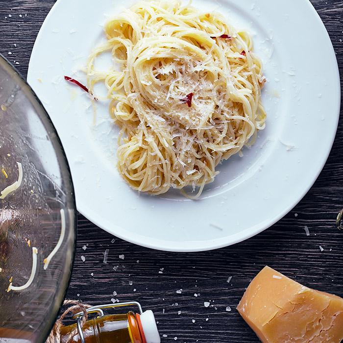 receta de spaghetti ajo y aceite con chile ancho