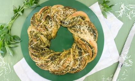 Rosca de albahaca y parmesano