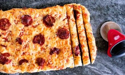 Palitos de pizza con salsa marinara