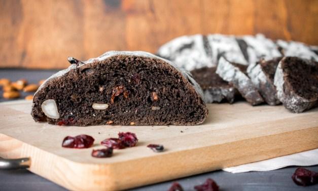 Pan de chocolate, nueces y pasas