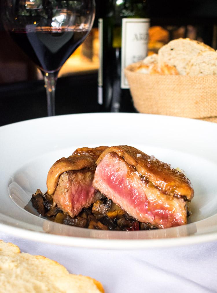 La Mallorquina, restaurante de comida española en la ciudad de México  - Solomillo con foie gras
