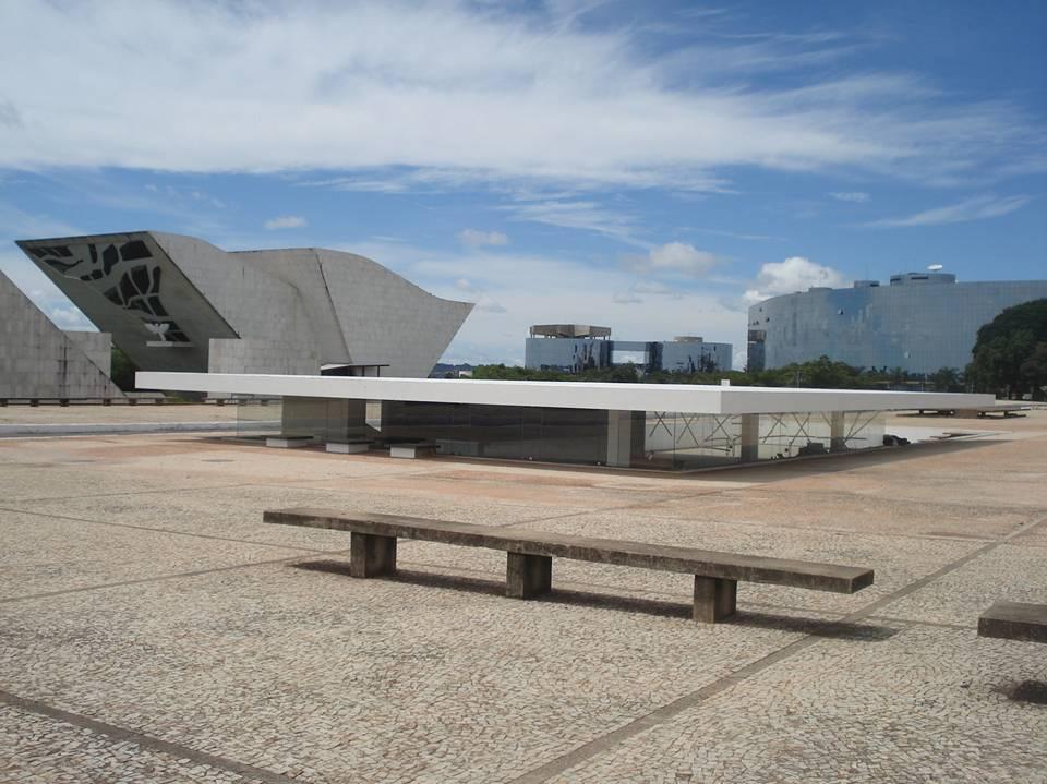 2007 - Praça dos Três Poderes - Foto de Andrey Schlee