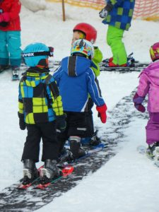 ski-lessons-590156_1280
