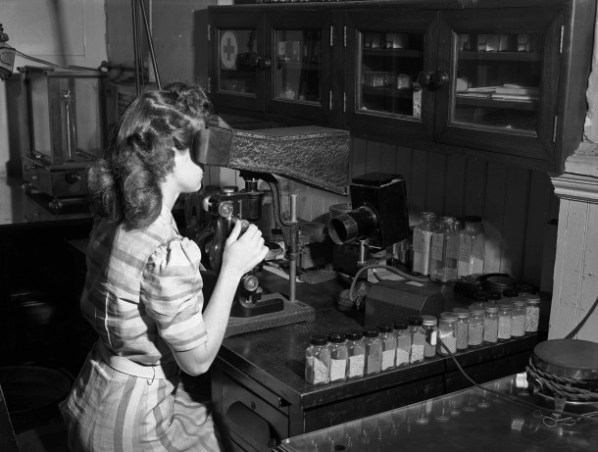 Missouri State Archives. Working in Lab. ca 1950
