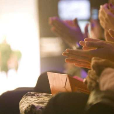 Conheça Thais Amorim – candidata ao título a mais bela gordinha virtual 2020