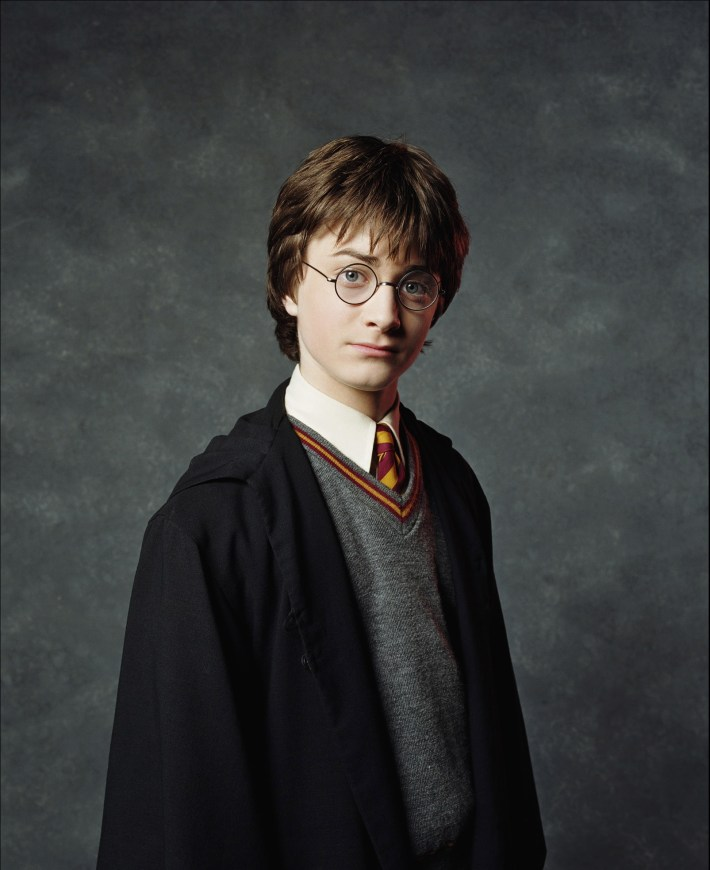 2001-Harry-Potter-and-the-Sorcerer-s-Stone-Promotional-Shoot-HQ-harry-james-potter-11097538-1605-1967