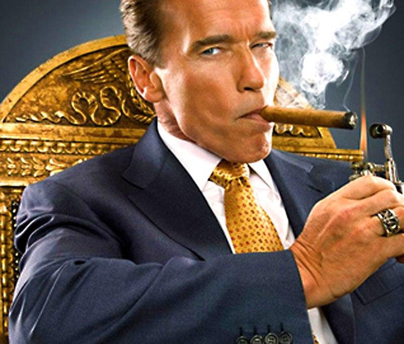 Resultado de imagen para schwarzenegger con cigarro