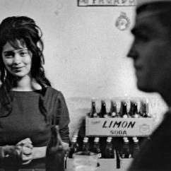 CHILE. Valparaiso. 1963. Cafe de marins.
