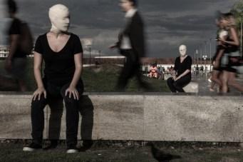 caixa-preta-instalacao-teatral-com-direcao-e-dramaturgia-do-argentino-fernando-rubio-no-ccbb-rio-a-partir-de-21-3-02