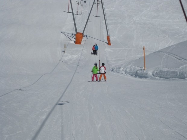 ski-lift-116511_640