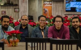 """Héctor Almaraz, Ethan Buendía, Alejandra Arteaga, Alan Montellano, y José Garduño, autores de """"7 miradas al comercio en México"""""""