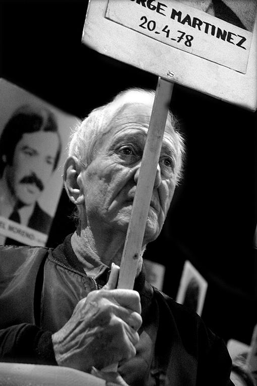 Marcha del silencio, Montevideo, 2006. Foto: Ricardo Antúnez