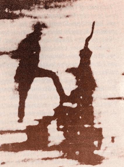 Detalle del daguerrotipo con el primer hombre fotografiado.
