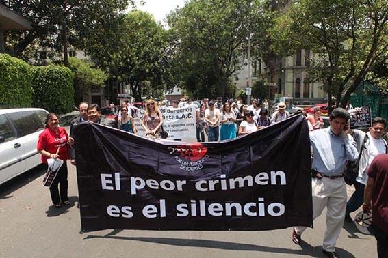 El peor crimen es el silencio. Foto © Benjamín Flores/Proceso.