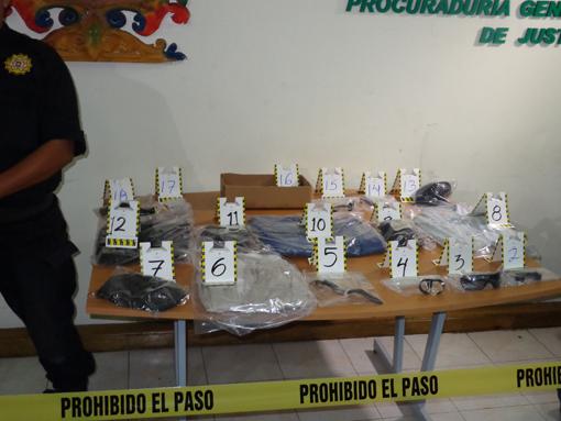 Pruebas incautadas a banda de asaltantes. Foto PGJ Campeche.