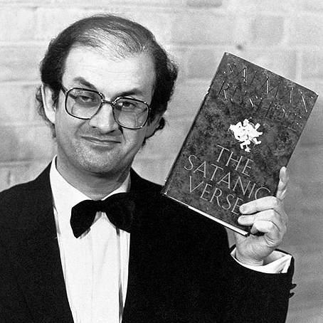 En 1988, cuando se publicó Los versos...