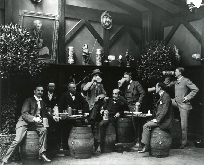 Robert L. Bracklow, cervecería en Munich, ca. 1896–1905