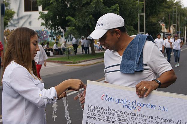 ¿Son iguales el hombre y la mujer? Foto © Juan Carlos Núñez.
