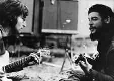 El célebre falso encuentro entre John Lennon y el Che Guevara.