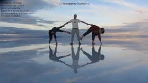 Fotografía ganadora del año 2012 de la UE Timoteo Rondales de Bolivia. Hexagono humano (Nova Mc Causland)
