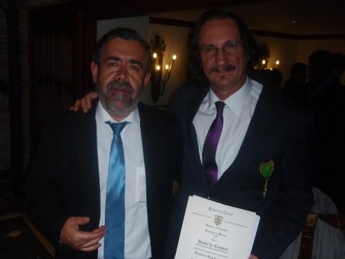 Daniel de Campos, con su compañero del Departamento de Educación Plástica y Visual.