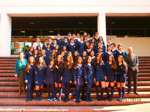 El alumnado de 3º ESO acompañado de los docentes Cristina Mayorga, Violeta Ariza y Julio Pérez