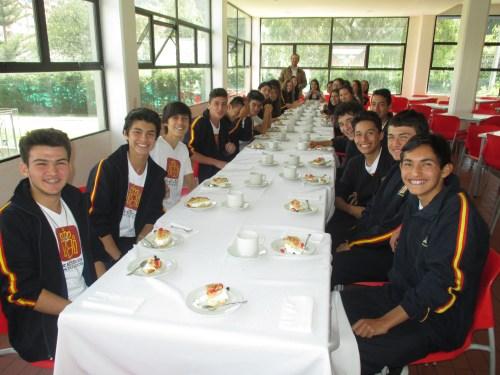 El grupo de 4° ESO con su   Tutor Francisco Pérez Davia.