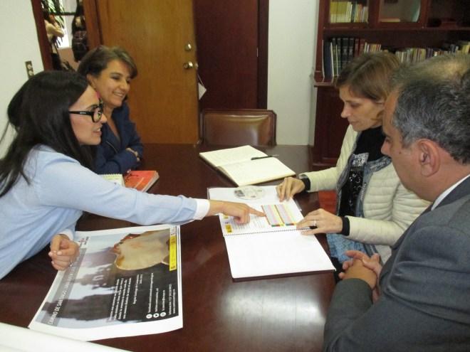 Un momento de la reunión con la Xunta de Galicia y Acaya