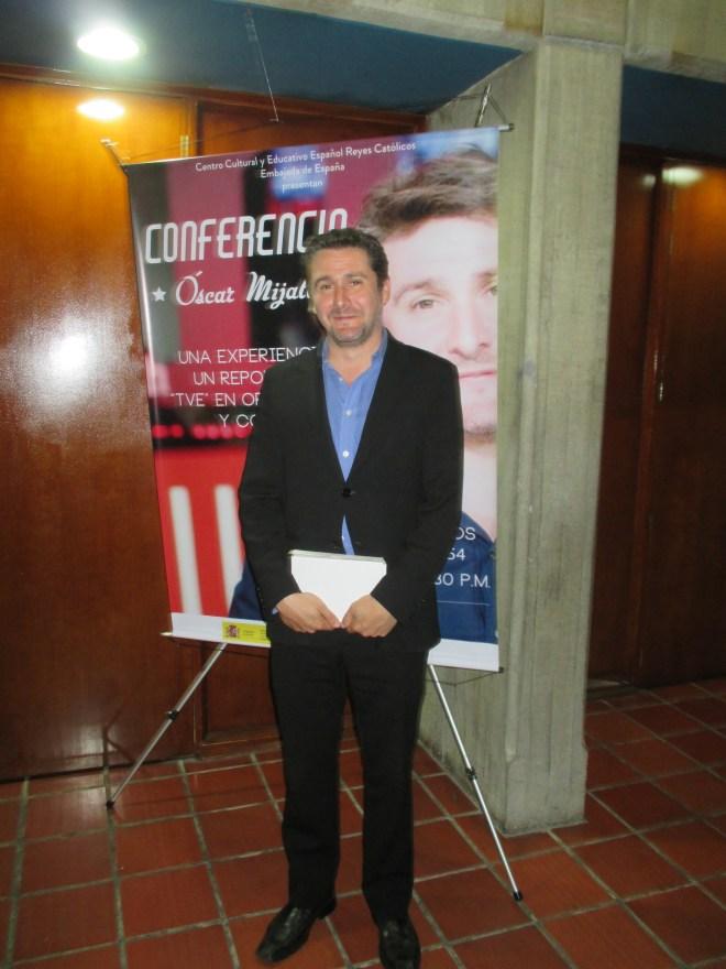 Óscar Mijallo Gómez, corrresponsal de Televisión Española en Colombia (2014-2015)