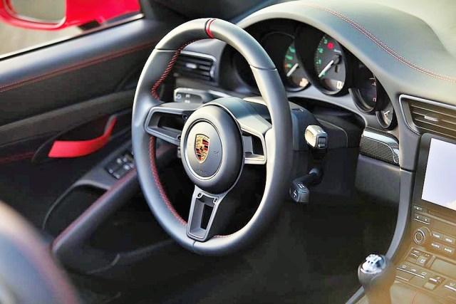 Porsche 911 Speedster_2.jpg