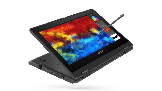 Acer-TravelMate-Spin-B3_03
