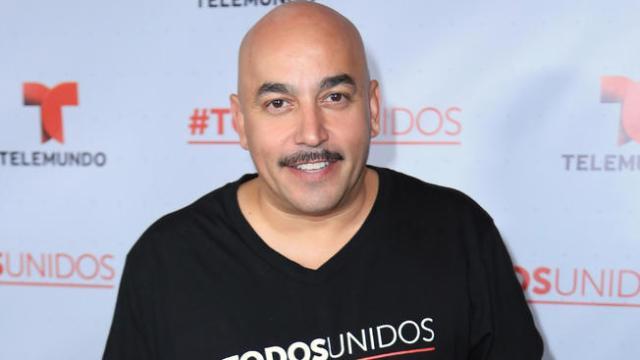 Lupillo Rivera Anda Chocho Con Su Nueva Nieta