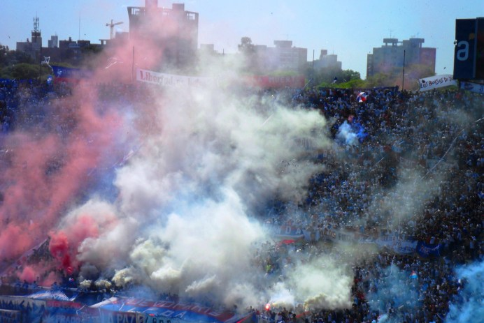 Hinchada Club Nacional Football