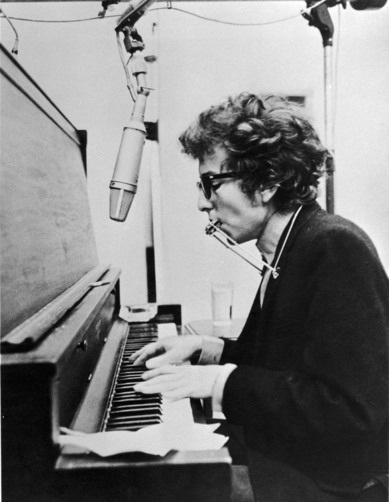 Bob Dylan piano armónica