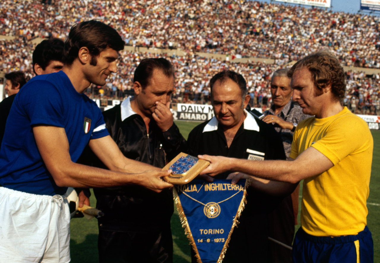 Giacinto Facchetti Bobby Moore Estadio Comunale
