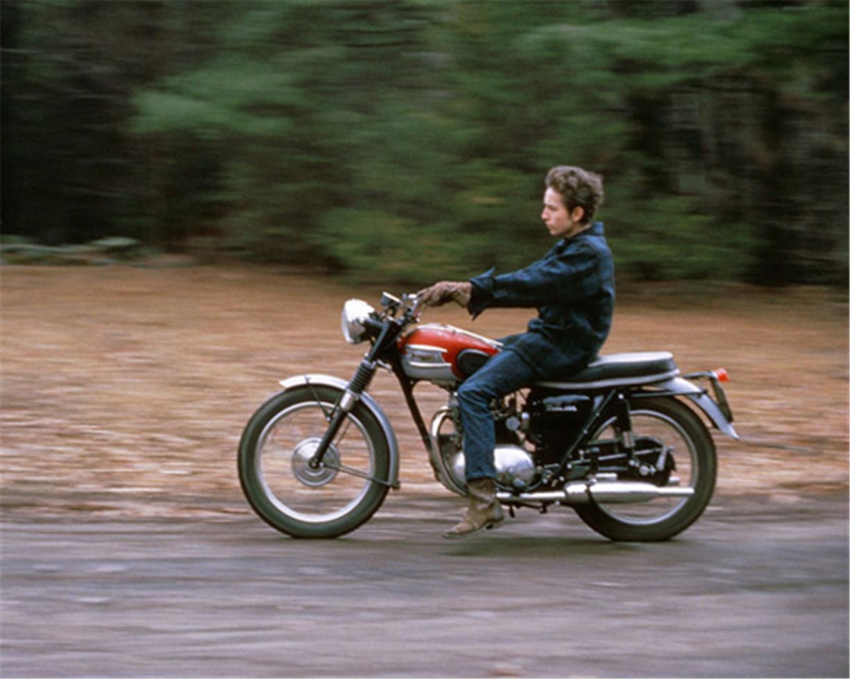 Bob Dylan moto Triumph