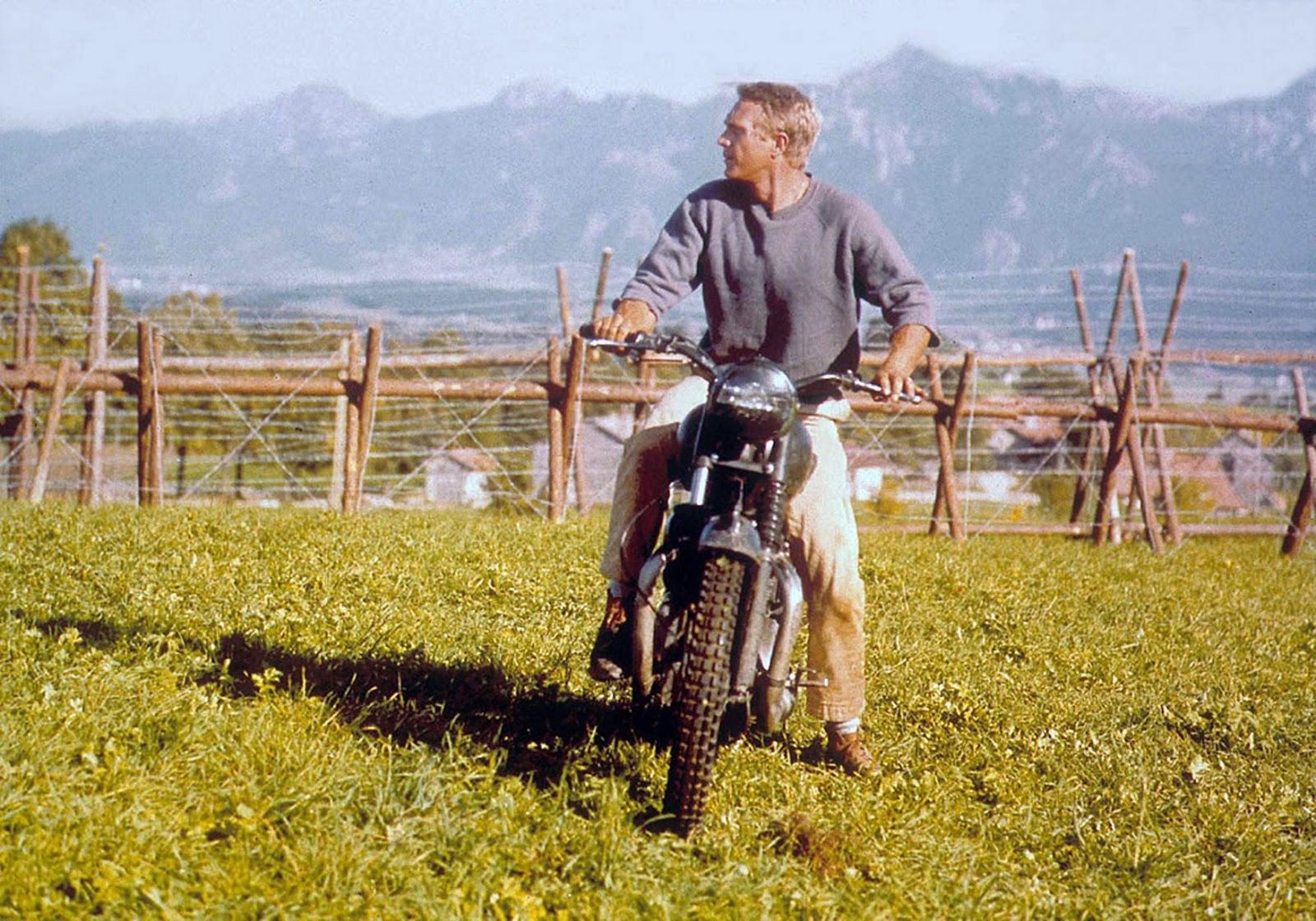 Steve McQueen valla moto