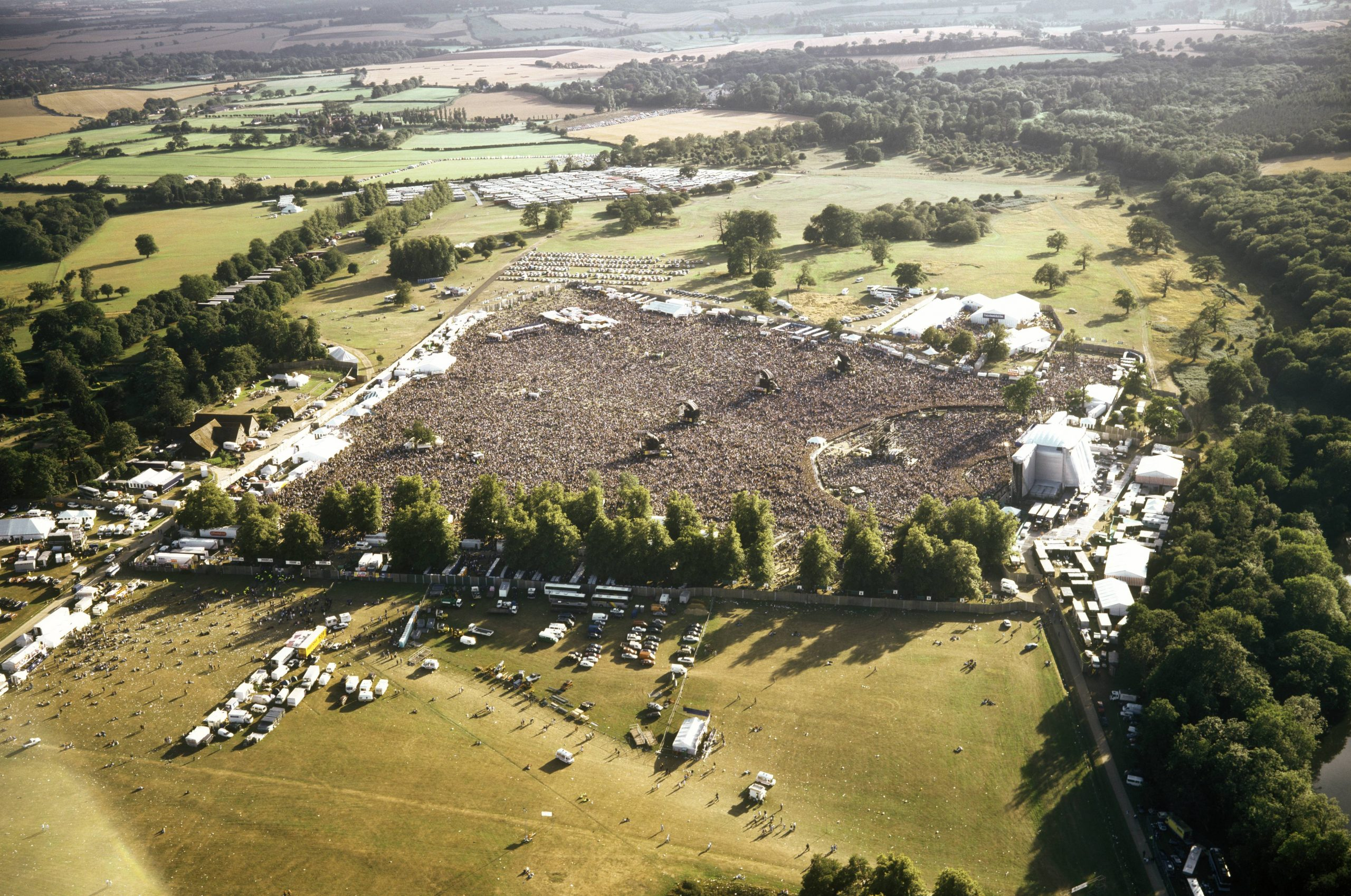 Oasis aerea Knebworth 1996