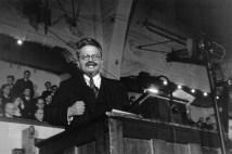 Copenhague, 1932. León Trotsky durante un discurso acerca del significado de la revolución rusa. Magnum Photos.
