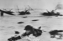 """Normandía, Francia, 1944. Desembarco, día """"D"""". Magnum Photos."""