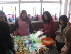 Aprenden a preparar alimentos para los infantes